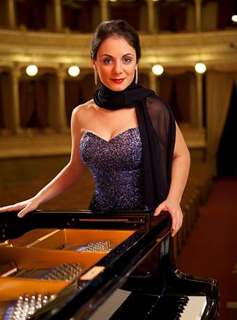 意大利钢琴家玛丽安吉拉法卡特罗成都音乐会