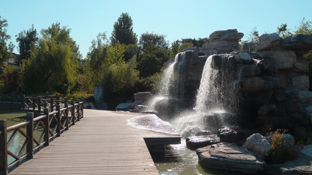 星湖园温泉