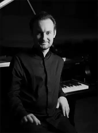 蒂木尔・穆斯塔基莫夫钢琴独奏音乐会重庆站