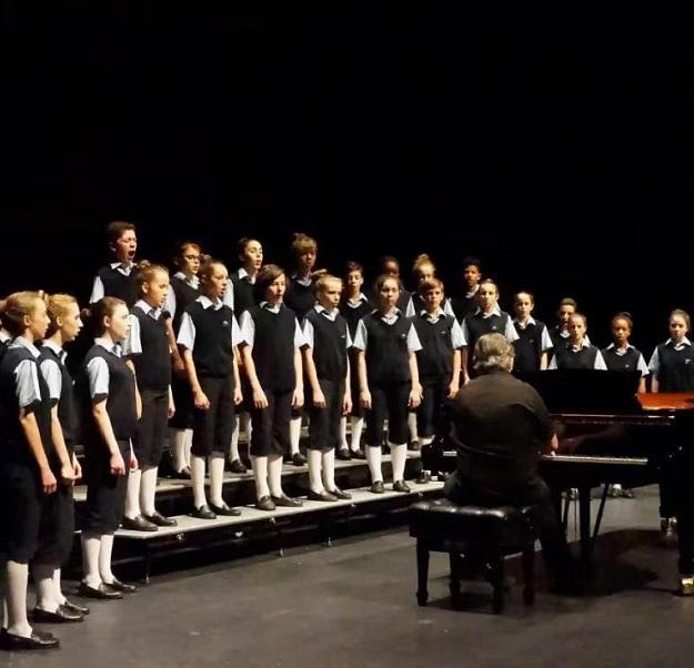 电影《放牛班的春天》原唱传承者―里昂圣马可室内童声合唱团音乐会呼和浩特站