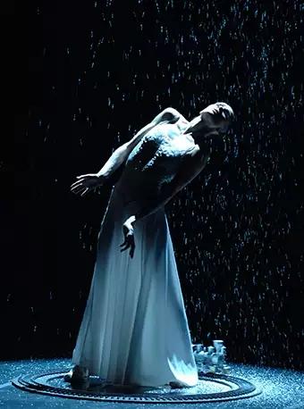2019舞蹈演出季 俄罗斯圣彼得堡艾夫曼芭蕾舞团《安娜・卡列尼娜》- 广州站