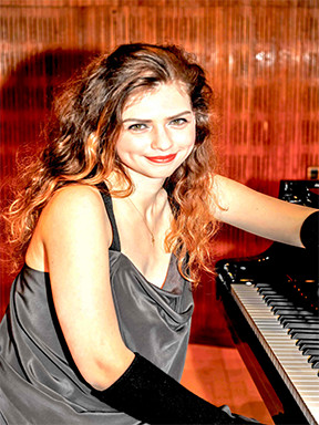 伊丽莎白尼尔森钢琴独奏音乐会成都站