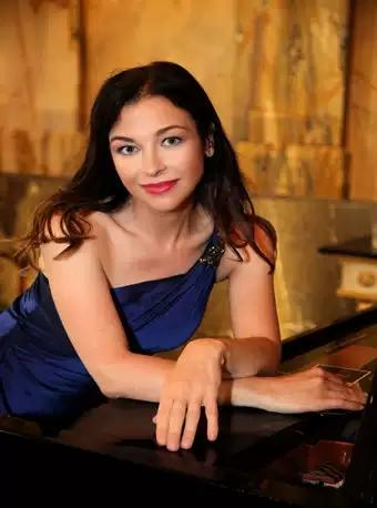 以色列钢琴家爱莲娜・古赫维奇独奏音乐会 重庆站