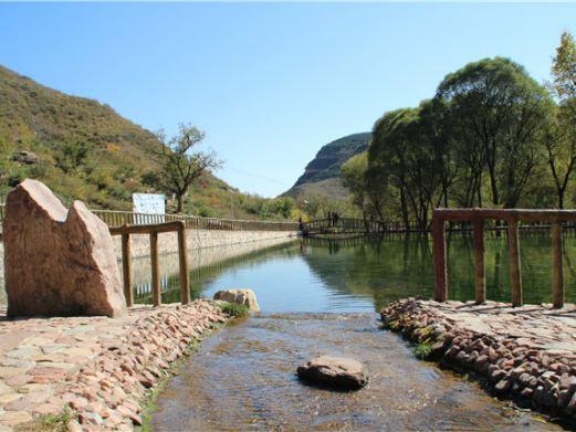 太行红山洗耳河景区