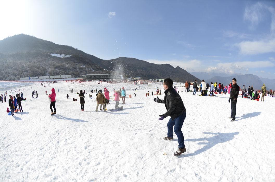 咸阳梦幻嬉雪主题乐园