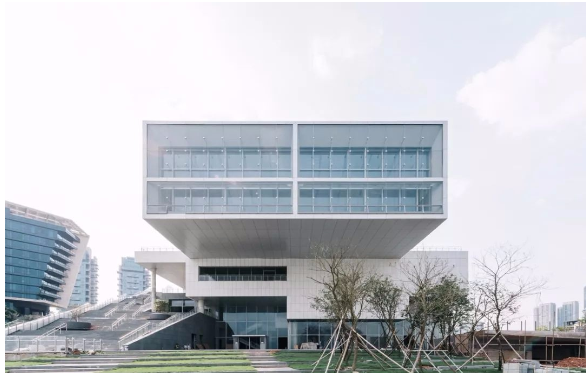 深圳海上世界文化艺术中心一楼主展馆