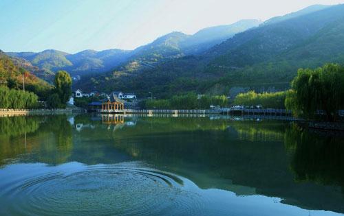 济南龙门山泉溪瀑大峡谷旅游区