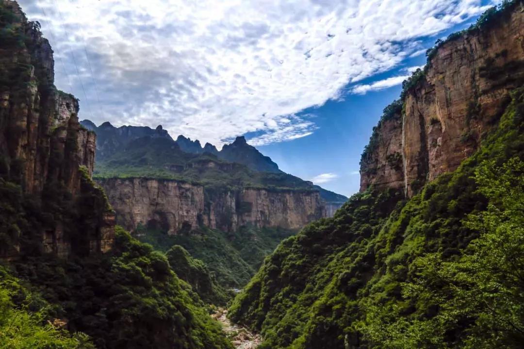 心向往之尧山:山间绿、潭中幽、崖上云