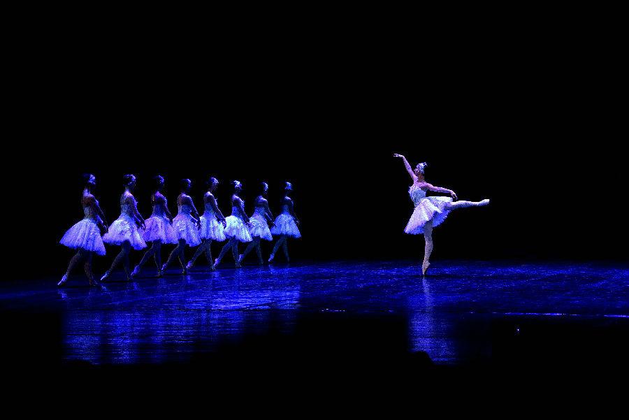 2019年新春芭蕾舞剧《天鹅湖》中国巡演