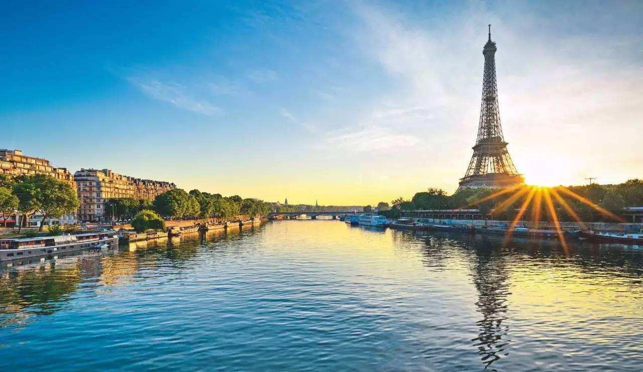 塞纳河游船大评测,选对游船更好地品味巴黎