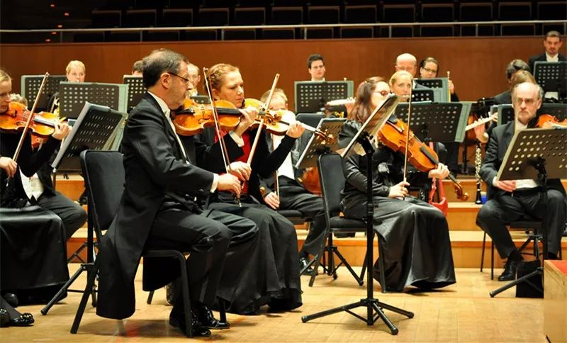 德国广播交响乐团及德国拜仁州雷根斯堡爱乐合唱团2019北京新年音乐会门票