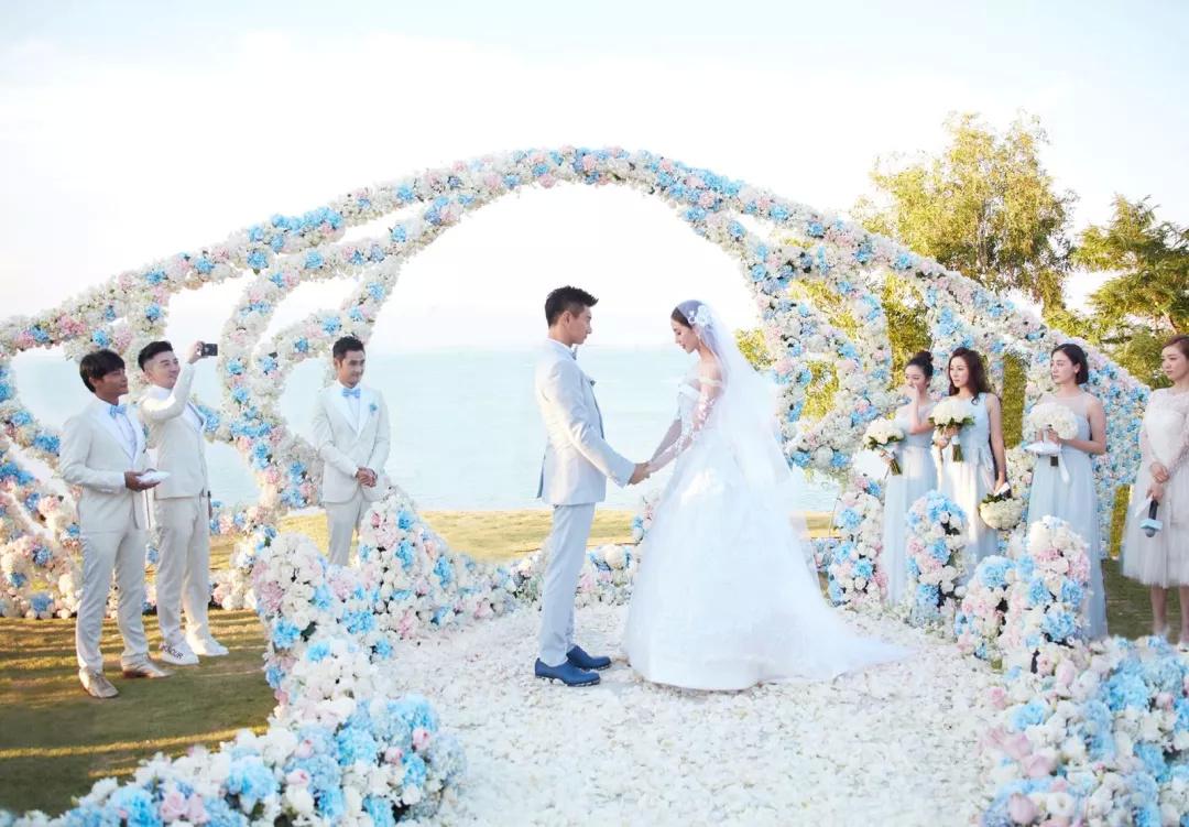贾静雯都要到巴厘岛办婚礼了,你还不来吗?