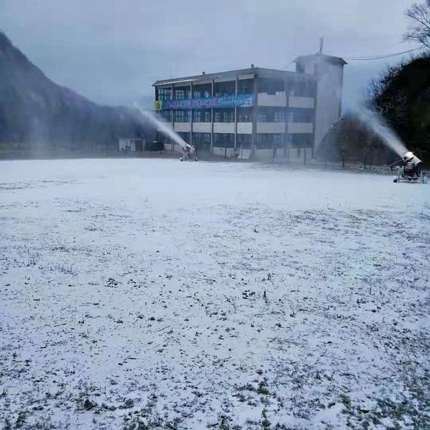 如今,随着雪季的到来,天龙池滑雪将为滑雪爱好者提供更好的服务。