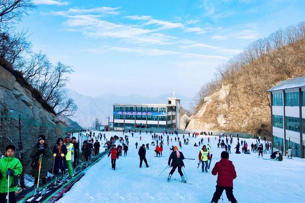 这个冬季你有福了,河南天龙池滑雪场12月9日开滑!