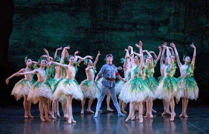 上海芭蕾舞团原创芭蕾舞剧《闪闪的红星》杭州站