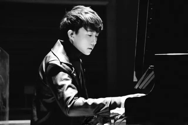 pianoboy高至豪2019成都演奏会