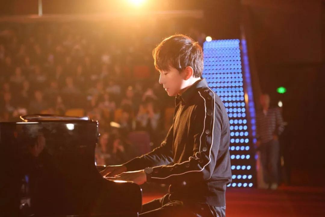 """""""台湾钢琴诗人""""Pianoboy高至豪 流行钢琴音乐会 成都站"""