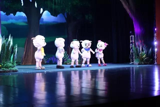 【小橙堡】喜羊羊与灰太狼《名羊四海》豪华亲子歌舞剧-重庆站