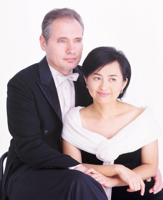 叶绿娜&魏乐富双钢琴音乐会深圳站