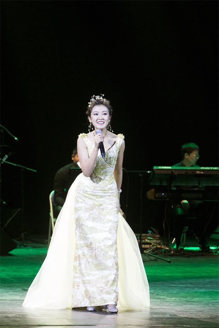 《追忆邓丽君》陈佳2019个人演唱会乌兰浩特站