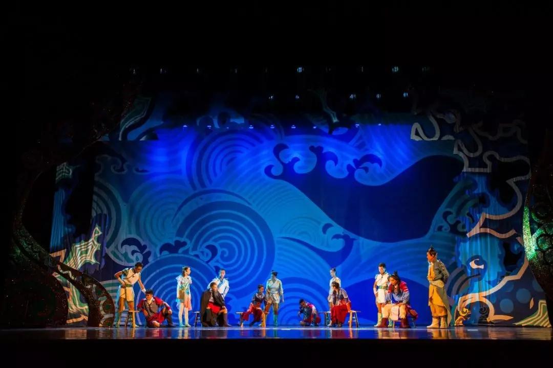 大型民族神话儿童剧《龙的传人》南昌站
