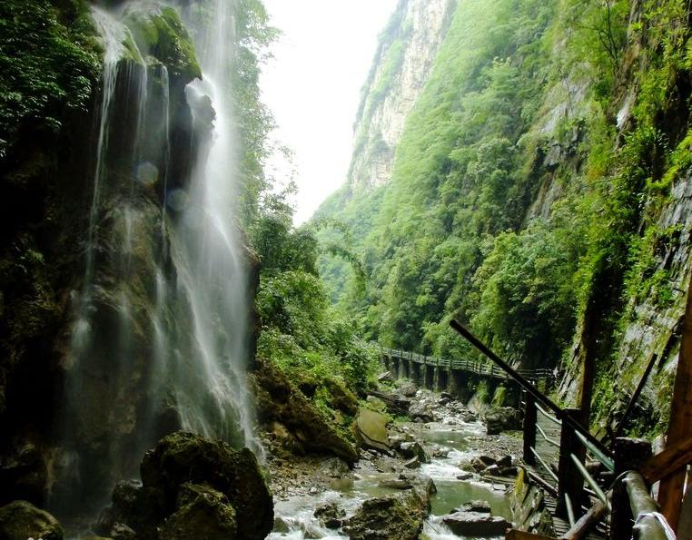 金刀峡风景区