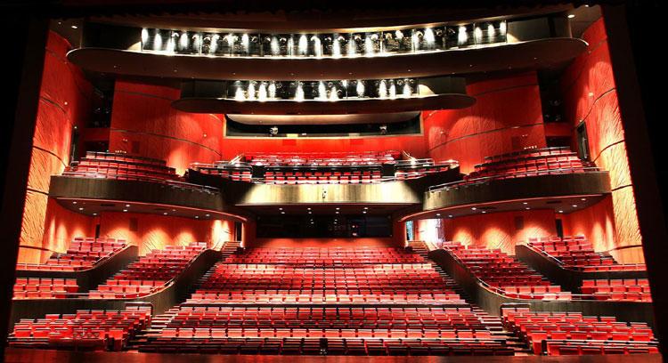 东方艺术中心歌剧厅