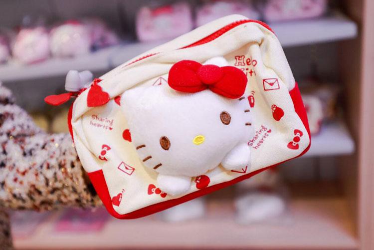 世茂Hello Kitty上海滩时光之旅