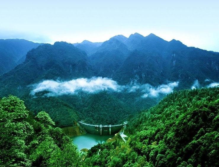 大河票务网 景点门票 > 井冈山风景区   没有不会谢的花,没有不会退的