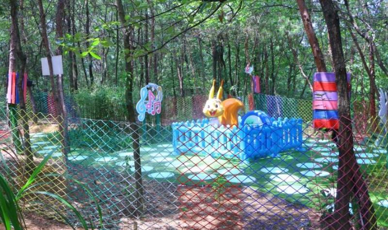 成都松鼠部落森林假日公园怎么样、好玩吗?