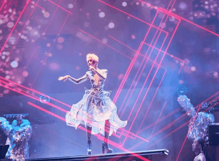2019杨千�么罅�演唱会