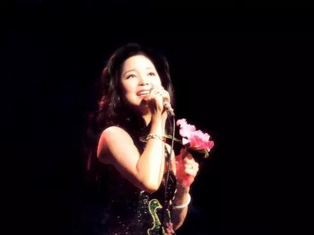 纪念邓丽君经典金曲成都演唱会
