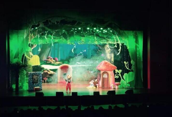 《爱丽丝的魔幻奇缘》呼和浩特演出门票