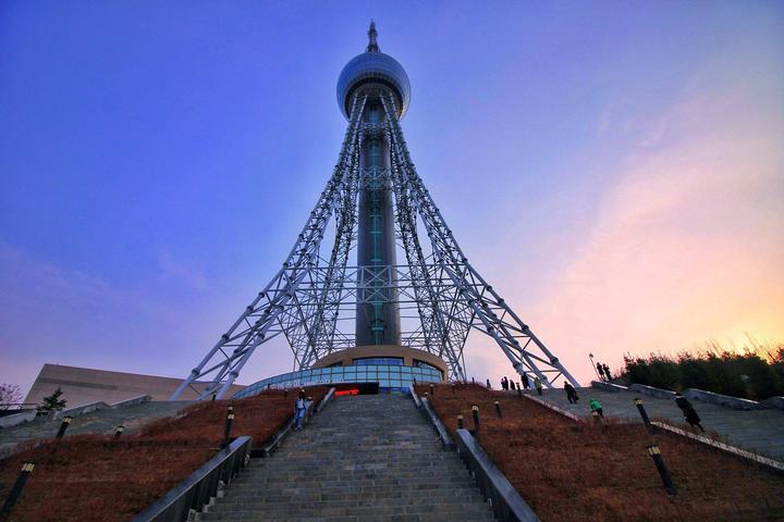 浦宁之珠(高原明珠电视观光塔)