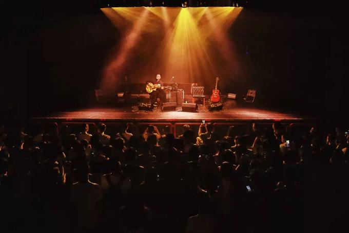 重庆指弹艺术家曹思义2019年新专辑 《人间如梦》全国巡演