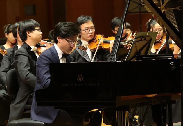 上海谭小棠独奏音乐会演出现场