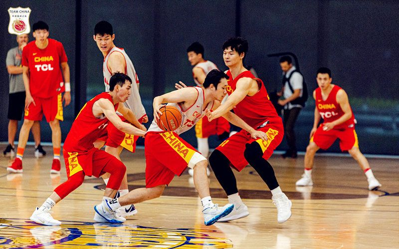 2019武汉中巴国际男篮对抗赛
