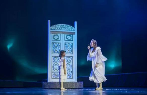经典童话舞台剧《冰雪女王》郑州站