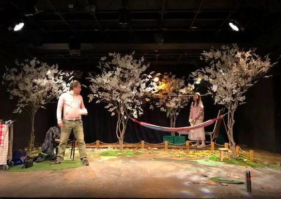 2019戏剧《站在那里的男人》凉山彝族自治州站