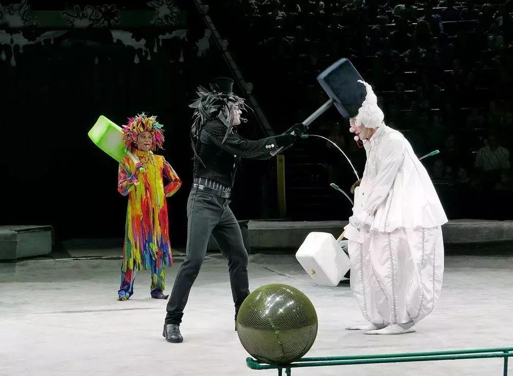 小丑喜剧《神奇粉刷匠》重庆站