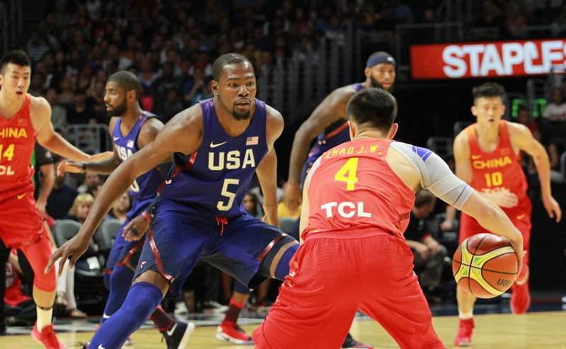 第三届巅峰体育可可西里俱乐部杯篮球挑战赛