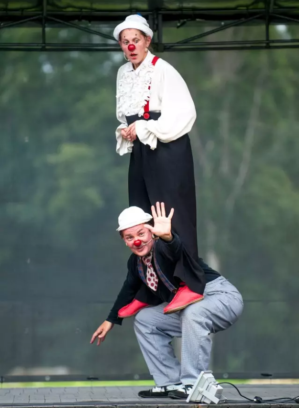 爱沙尼亚儿童喜剧《PIIP and TUUT的欢乐剧场》