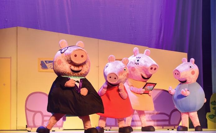 《小猪佩奇舞台剧佩奇欢乐派对》中文版