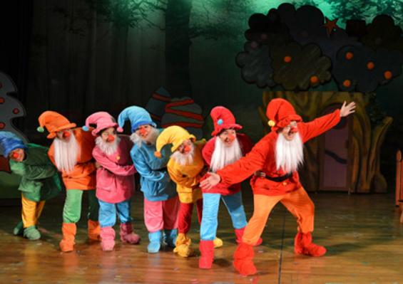 世界经典童话剧《七个小矮人后传》青岛站