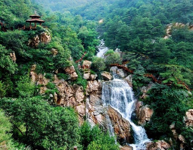 济南市九如山瀑布群风景区