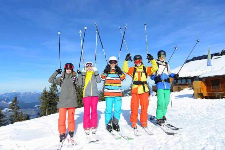 【滑雪技巧】初学者滑雪技巧攻略、滑雪入门小技巧攻略