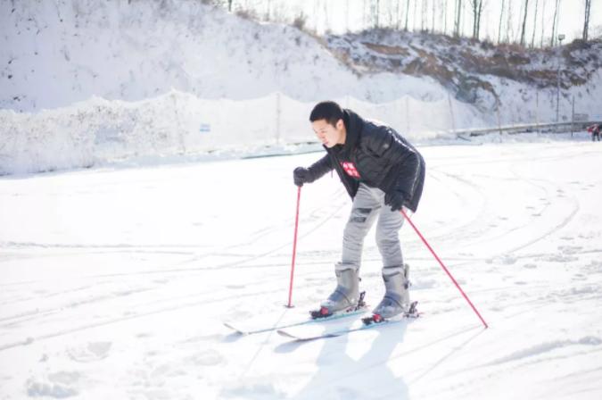 龙泉国际滑雪场门票,龙泉国际滑雪场折扣票,龙泉国际滑雪场特惠票