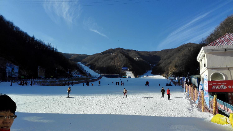 伏牛山滑雪度假乐园门票,伏牛山滑雪度假乐园门票价格,伏牛山滑雪价格