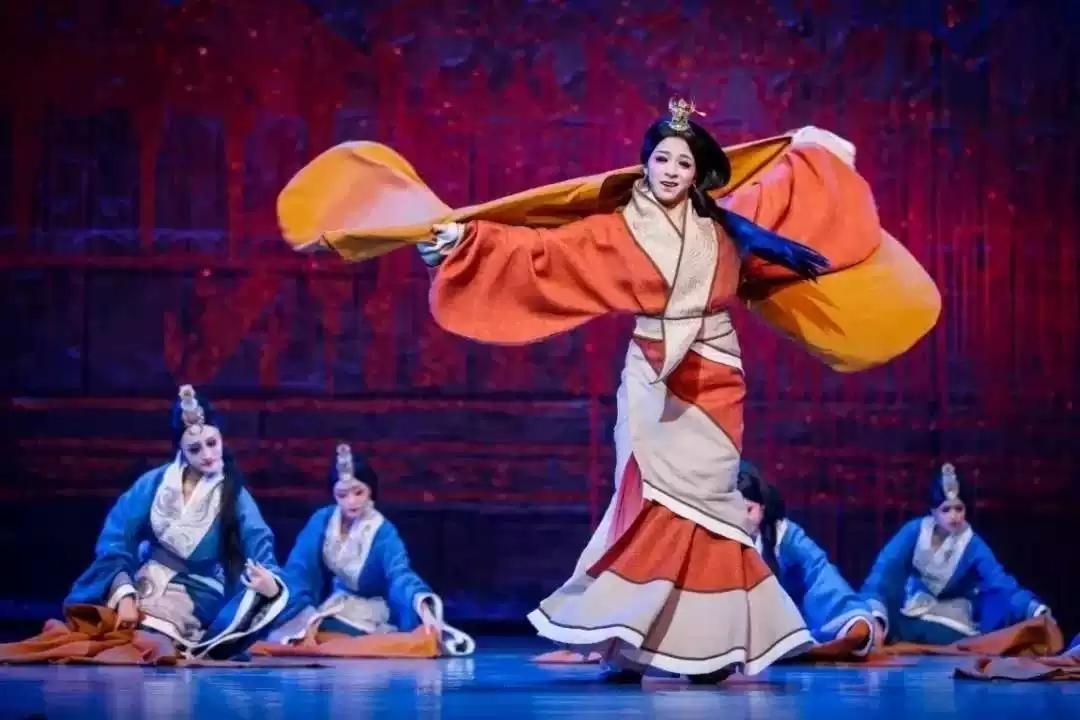重庆民族舞剧《昭君》