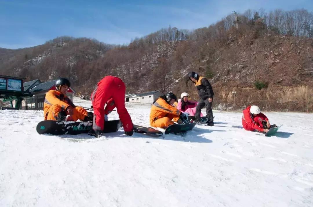伏牛山滑雪场怎么收费的,伏牛山滑雪场门票价格